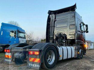 شاحنه فولفو fh460 للبيع بكفاءة عالية