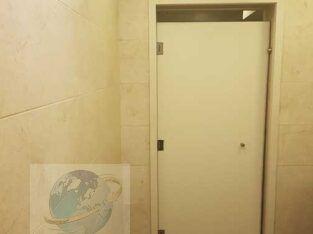 ابواب حمامات كومباكت 01203100211